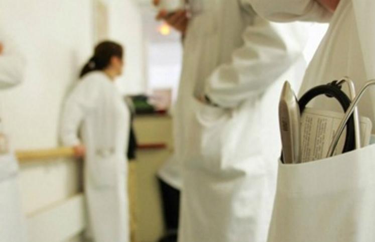 Farmacisti al pronto soccorso, presenza diminuisce tempi delle cure nei pazienti con emorragie gravi