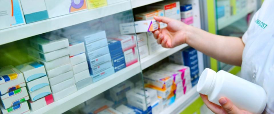 Coronavirus, le indicazioni della Fofi per i farmacisti nelle zone rosse e gialle