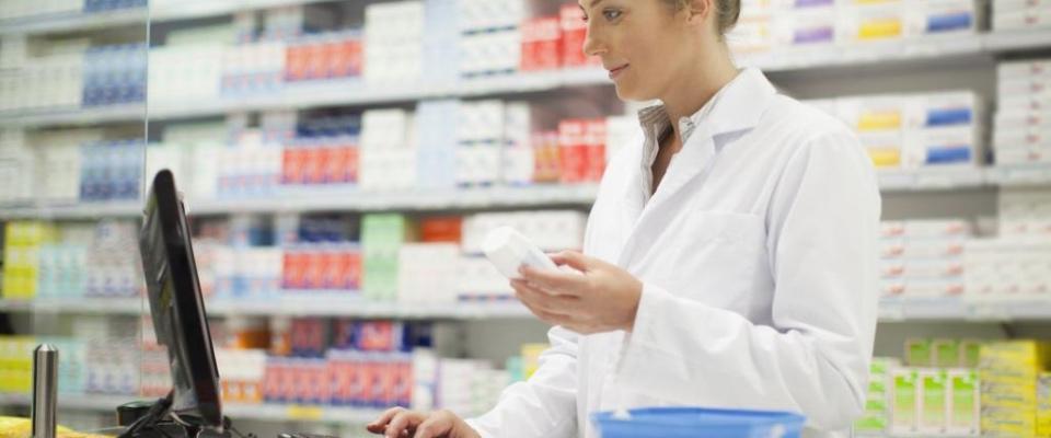 Studio: «Riduzione del carico di lavoro dei farmacisti migliora le loro performance professionali»